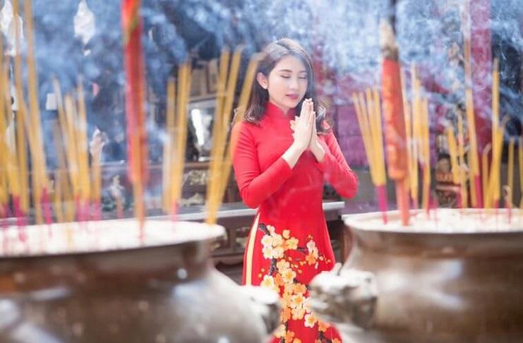 Bài văn khấn giải hạn, cầu an, cầu thăng hoa đầu năm tại Đền Chùa